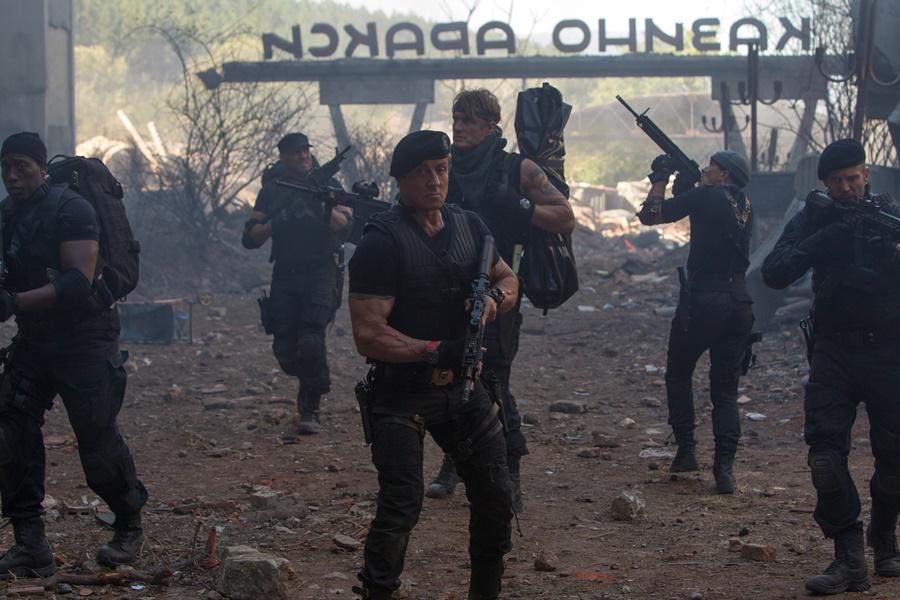 Кадры из фильма «Неудержимые 3» (80 фото со съемок)