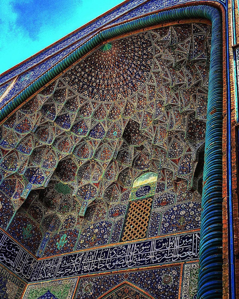 Iranian Mosques: Photos by Mehrdad Rasoulifard Instagram photographer Mehrdad Rasoulifard captures t