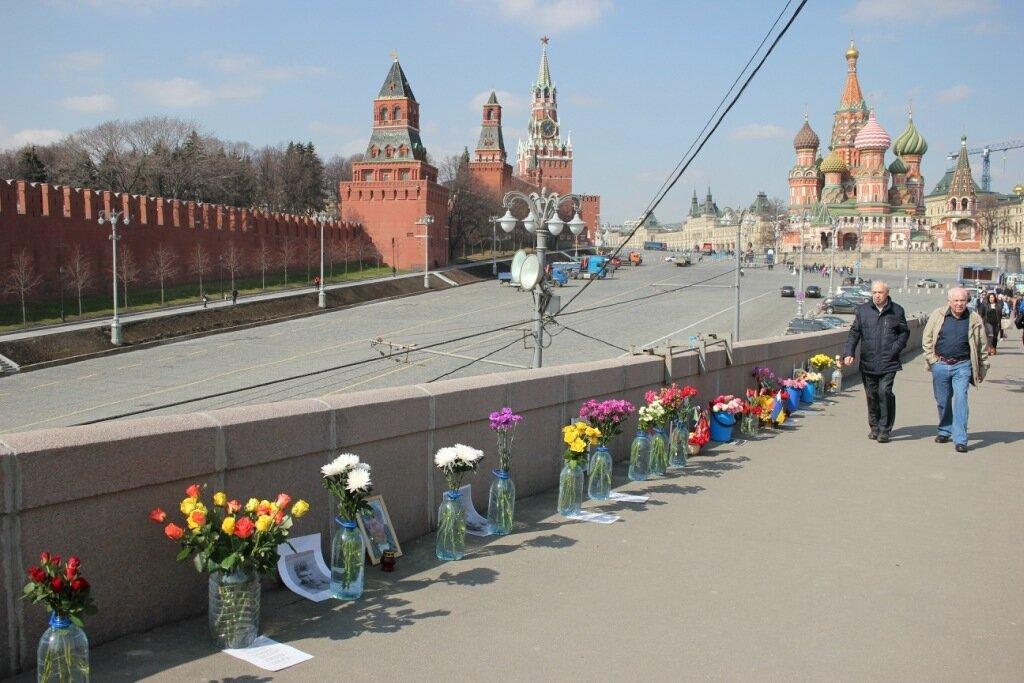 Немцов мост – 407 дней