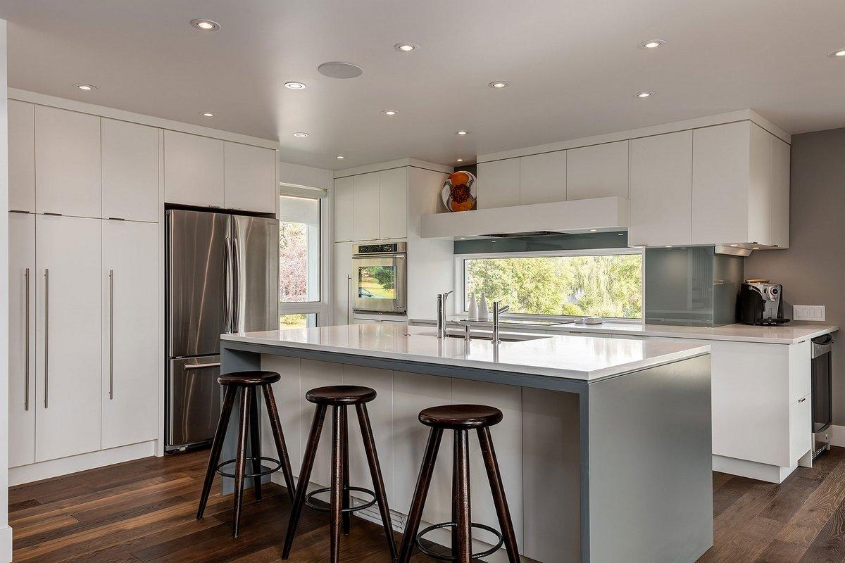 DOODL, двухэтажные дома фото, обзор частного дома фото, дома в Канаде фото, частный дом для большой семьи фото, дом для родителей фото
