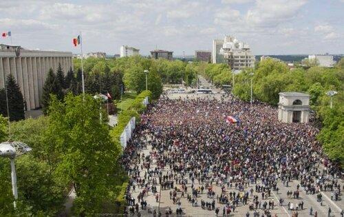 Пострадавшая участница протестов подала в суд на полицейских