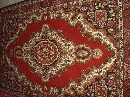 Министерство строительства объяснит, как весить настенные ковры