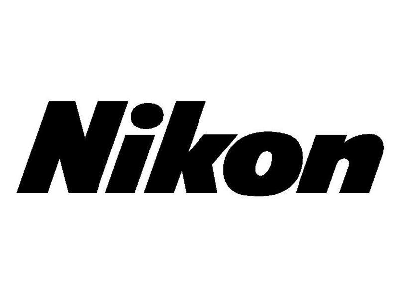 Одну изстарейших фотокамер Nikon купили за $400 тыс.
