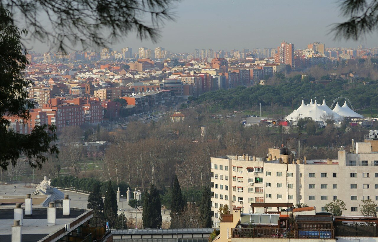 Мадрид. Долина реки Мансанарес. Вид из Западного парка
