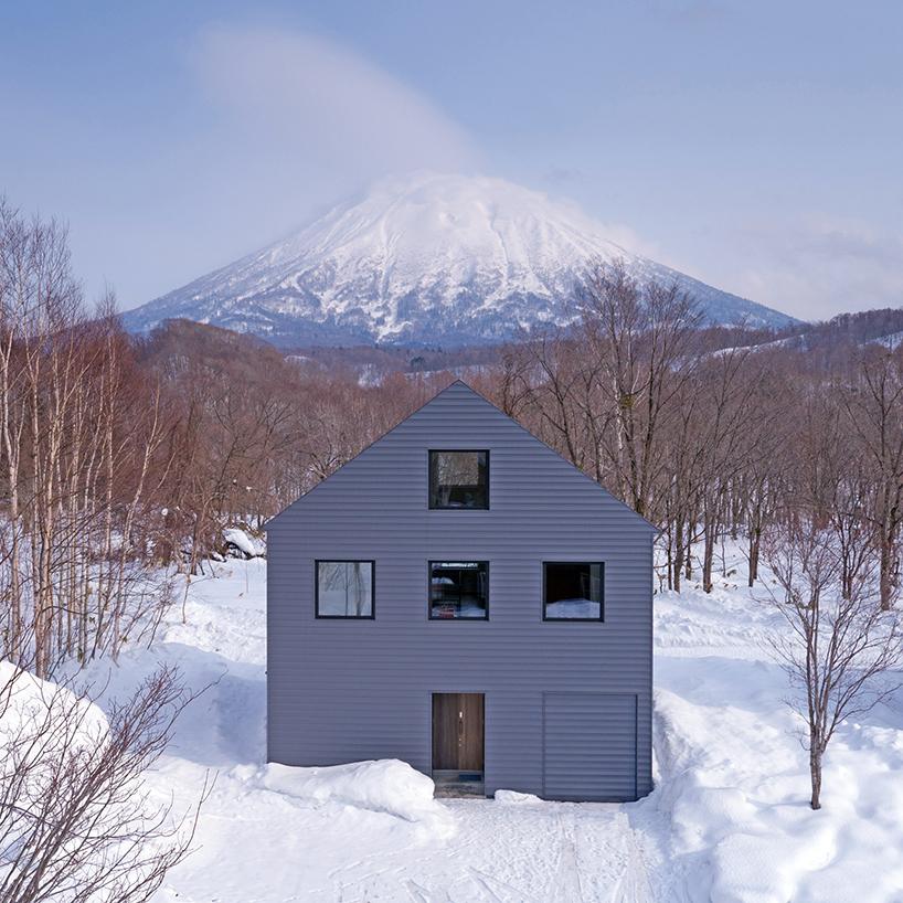 Зимний дом на острове Хоккайдо (12 фото)