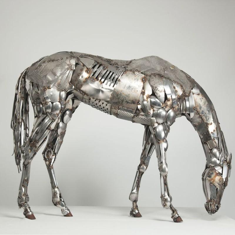 4. Лошадь