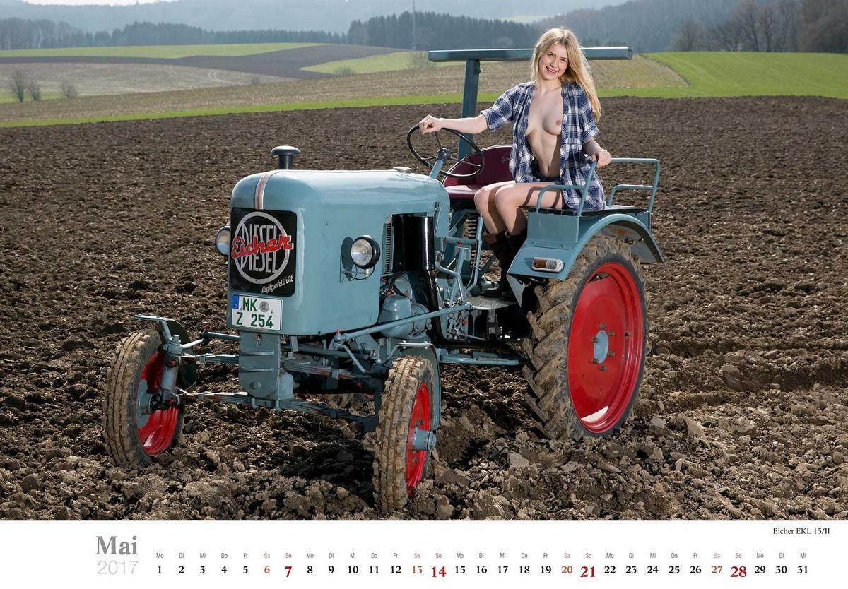 Эротический календарь «Мечты молодого фермера»