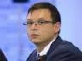 Азарова из Украины вывез нардеп Евгений Мураев, - Борислав Береза