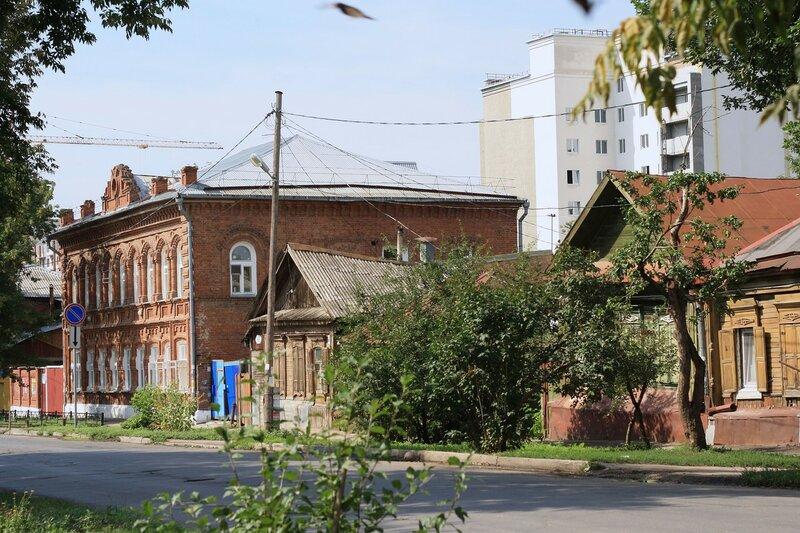 ул. Коммунистическая, Буянова и старый город 133.JPG