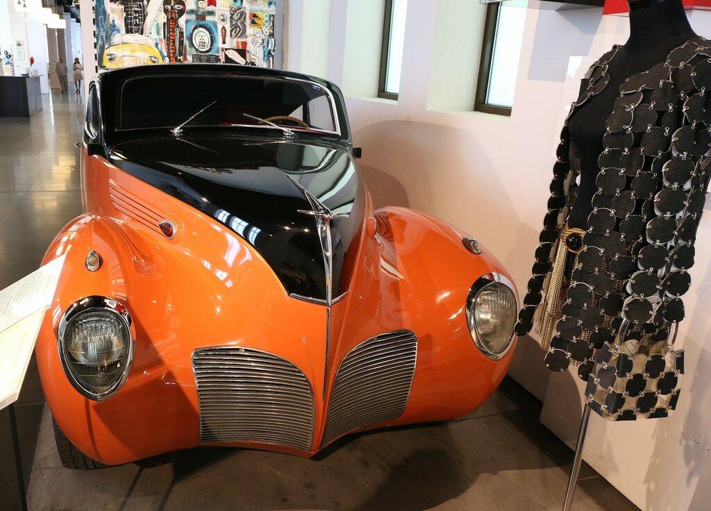 Малага. Музей автомобилизма (Museo Automovilístico de Málaga)