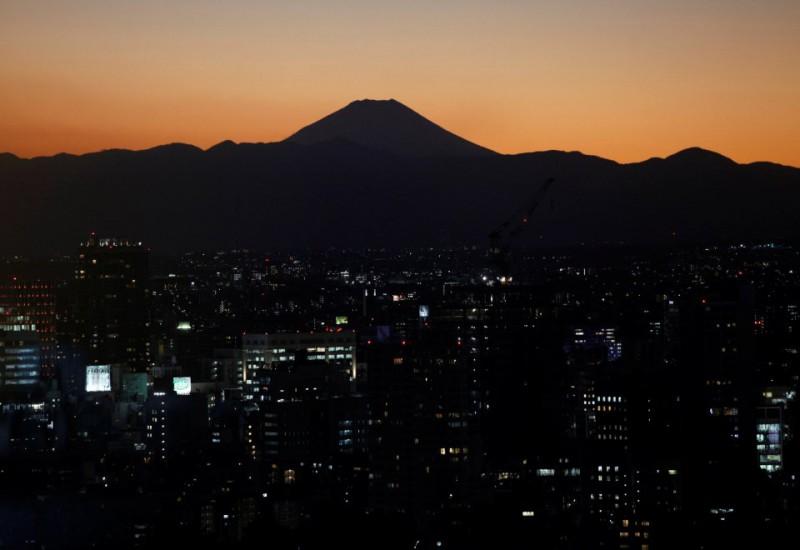 «Испаряющиеся люди»: на что идут японцы, чтобы смыть позор со своей семьи (7 фото)