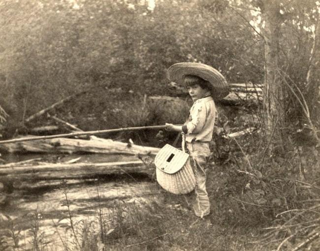 Нарядный Марк Твен с дочерью, 1890 г