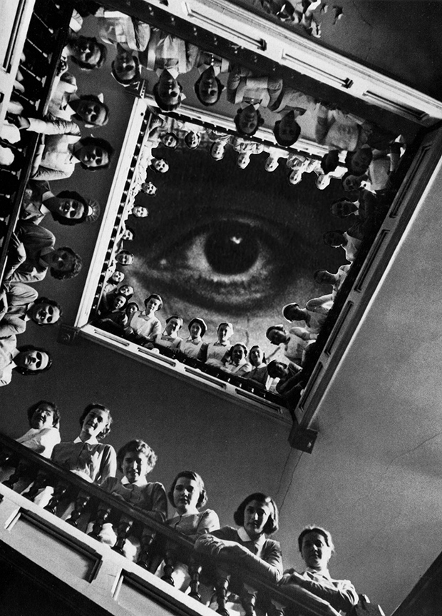 Диплофобия (боязнь оптического раздвоения). У художника было десять дней на создание восьми изображе