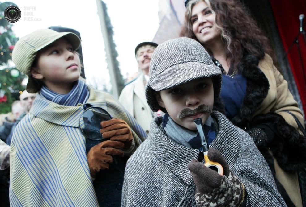 Рижане отпраздновали «день рождения» Шерлока Холмса (19 фото)