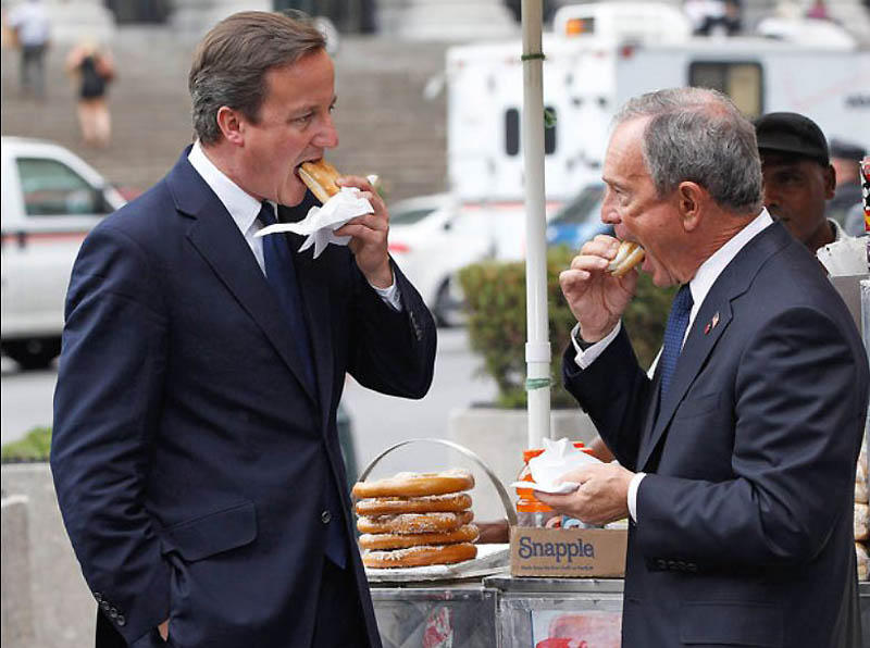 14. Дэвид Кэмерон, премьер-министр Великобритании и мэр мистер Блумберг на Манхэттене. По информации