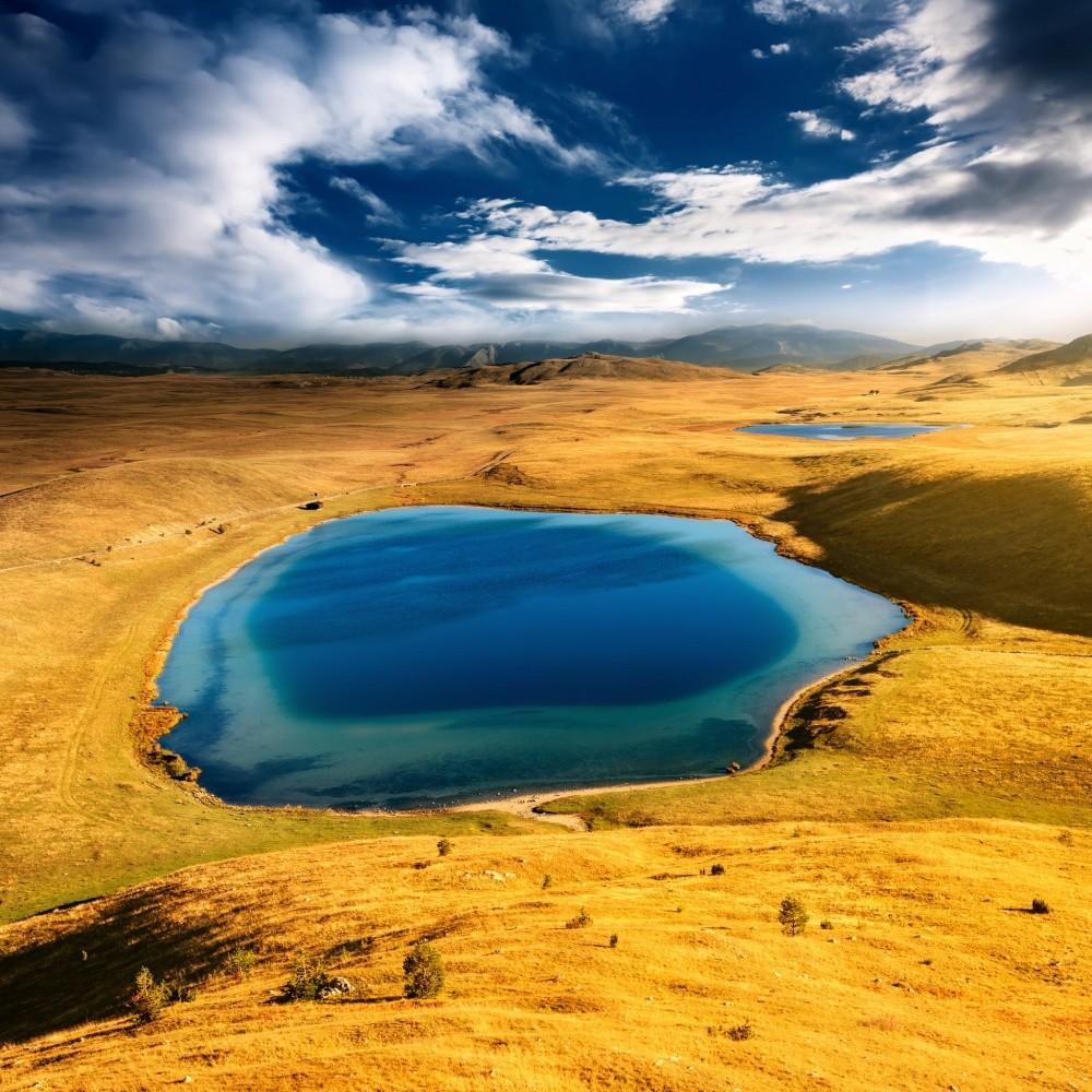 Инопланетные пейзажи Чертова озера (Vrazje Jezero). © Yiannis Adamopoulos
