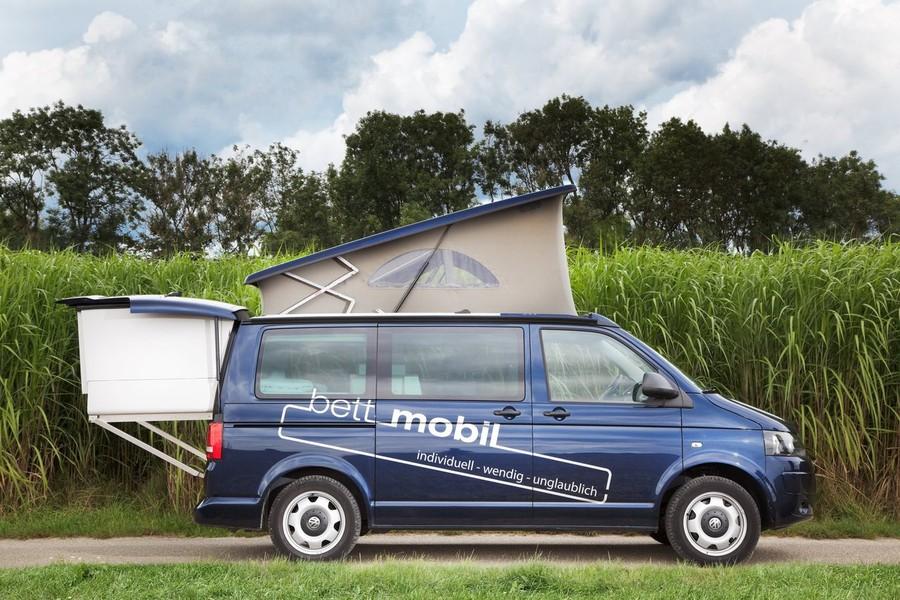 Bett Mobil Немецкий дом на колесах Bett Mobil также на ходу довольно компактен, а в лагере может рас