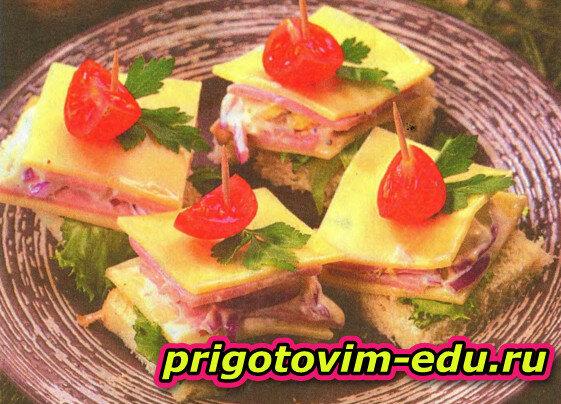 Бутербродики с ветчиной и сыром