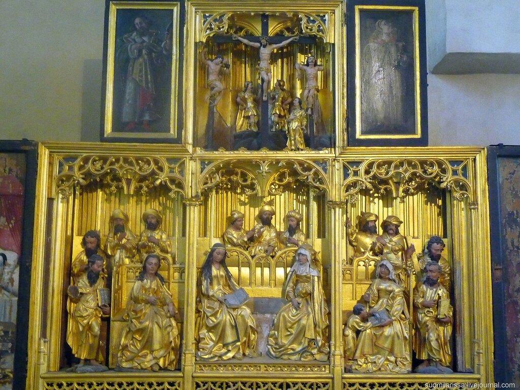 Ретабло алтаря Девы Марии, принадлежавшего Братству Черноголовых.