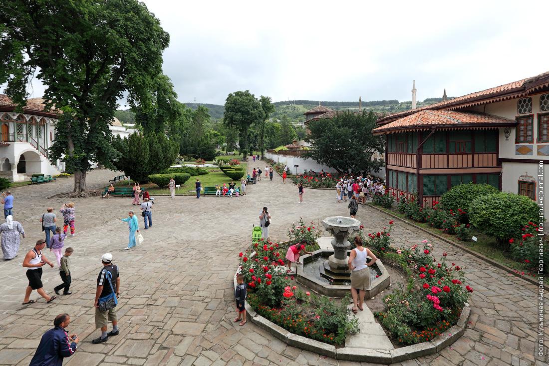Бахчисарай Ханский дворец Дворцовая площадь