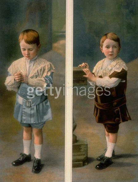 Картинки мальчиков в платьях