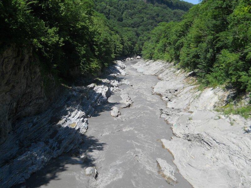 Река Белая в этом году вовсе