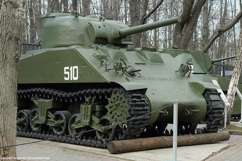 52. Музей ВОВ. 21.04.15.77. танк М4А2 Шерман. США..jpg