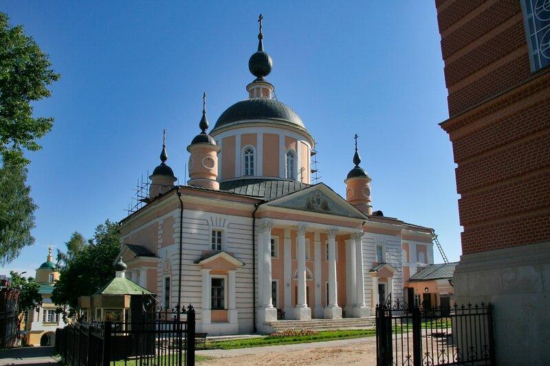 Покровский Хотьков монастырь. Собор Покрова Пресвятой Богородицы, построен между 1812-1816 гг.