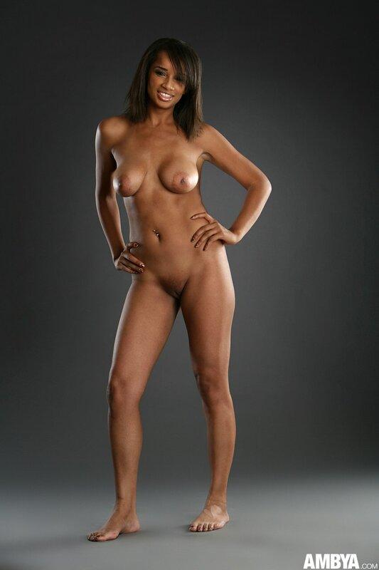 Фото мулаток голых девушек