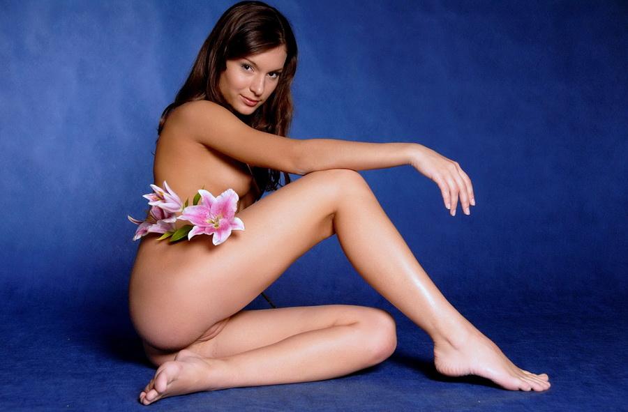 эротика с цветком