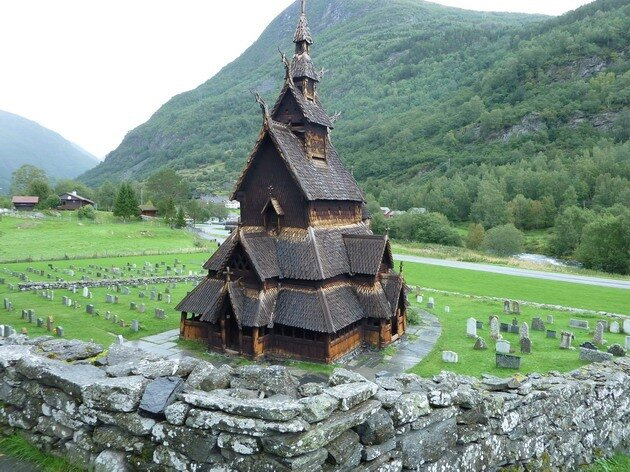 Церковь в Боргунде