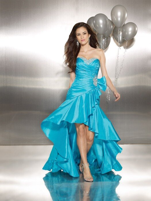 Вечернее платье 401770.