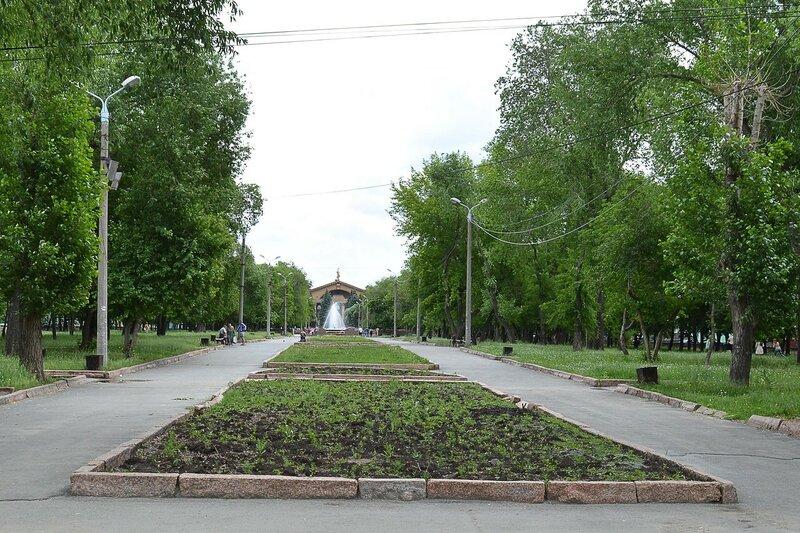 Сквер по ул. Б. Хмельницкого