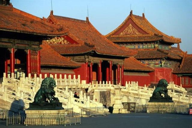В Пекине запретили отдельным туристам появляться на территории Запретного города
