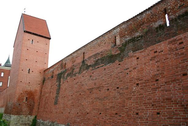 Крепостная стена на улице Торня в Старой Риге