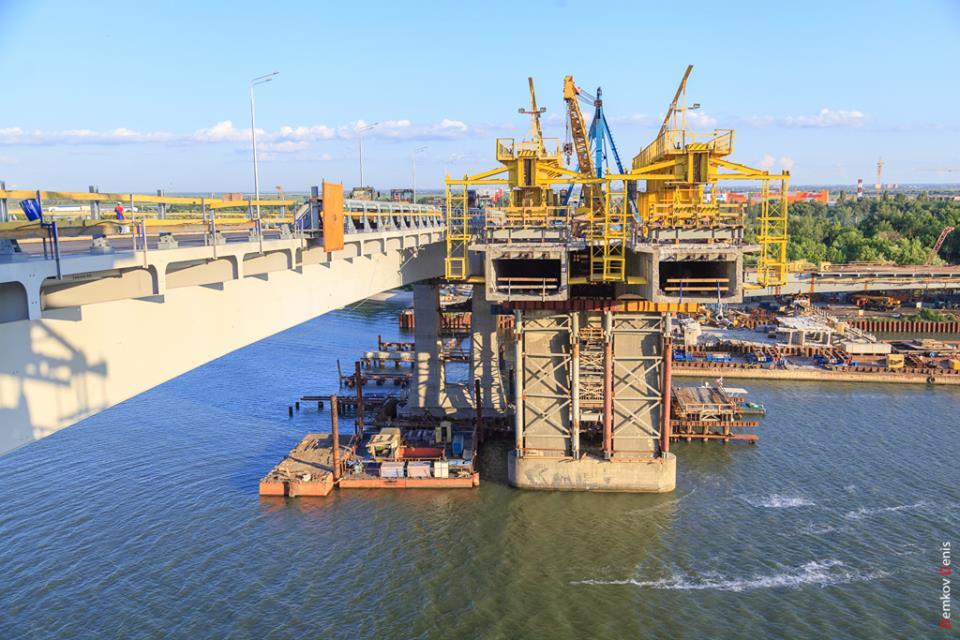 Фоторепортаж: Подготовка Ворошиловского моста к открытию