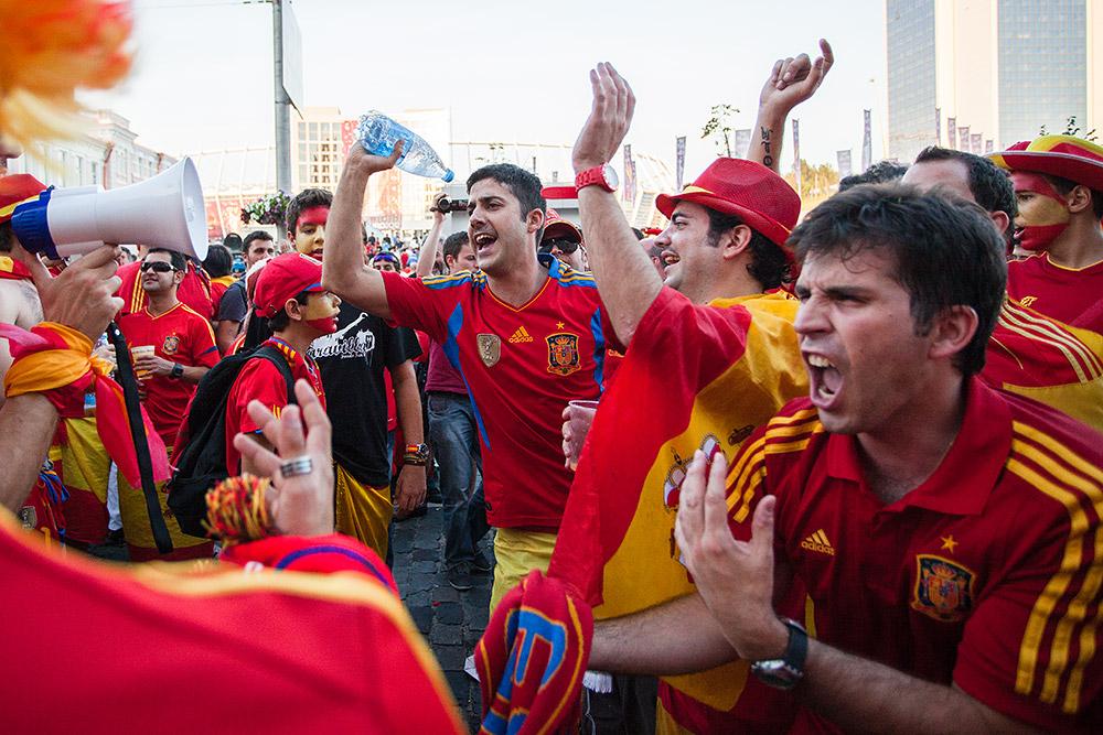 лайфом фото итальянские болельщики по футболу плачут заявку менеджеры