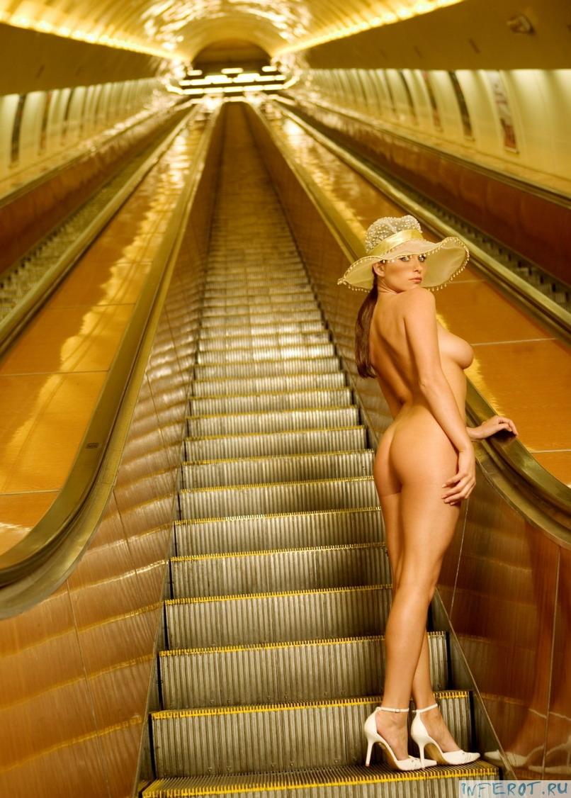 Эрот ика в метро 21 фотография