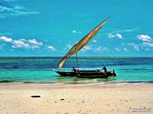 Рыбаки и море (Момбаса, Кения)