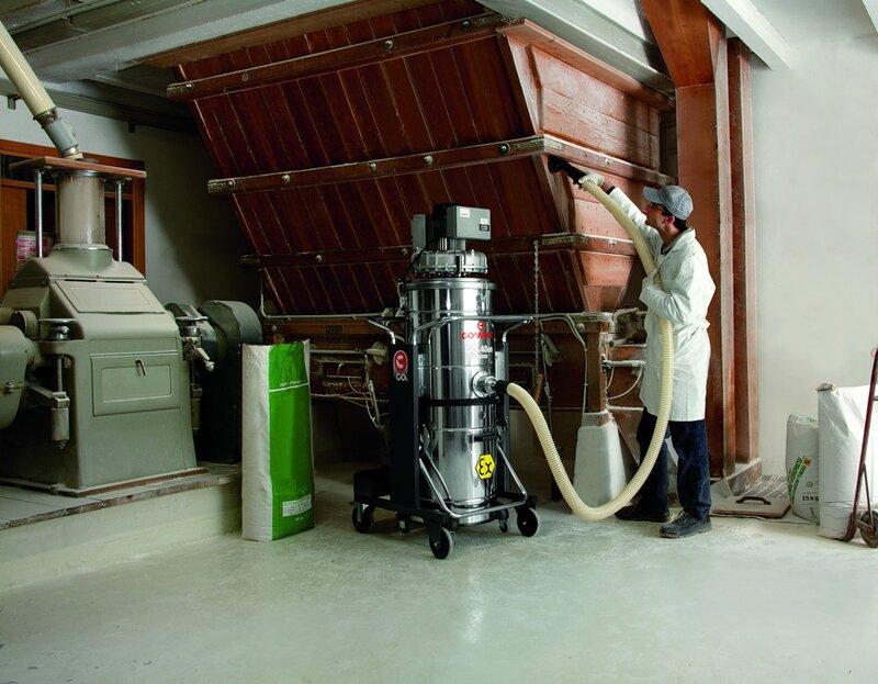 Comac фото промышленный индустриальный пылесос