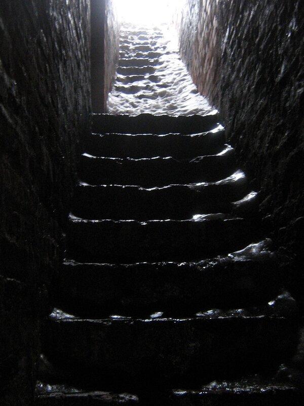 у Кремёвской стены - лестница на стену 2