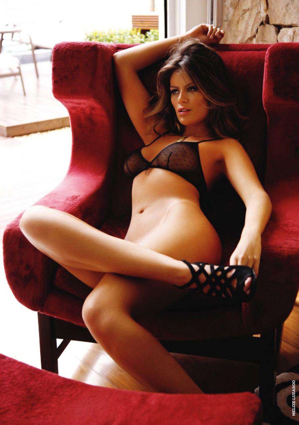 бразильские девушки / Especial Brasilenas in Playboy Spain january 2011 - Melize Luzardo