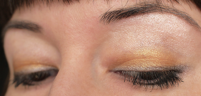 тени-Rimmel-London-GlamEyes-HD-Eye-Shadow-021-Golden-Eye-подводка-гель-Scandaleyes-Waterproof-Gel-Eyeliner-отзыв-review-swatch4.jpg