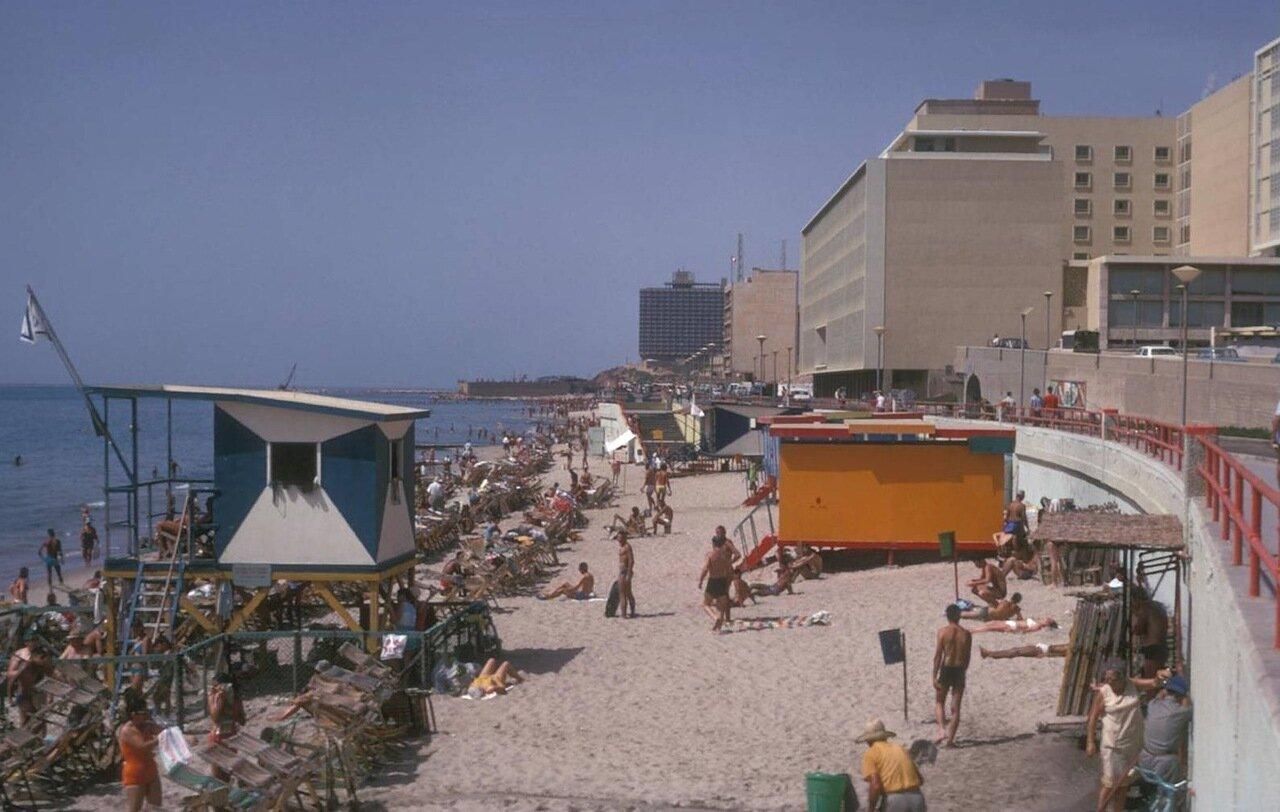 13. Пляж
