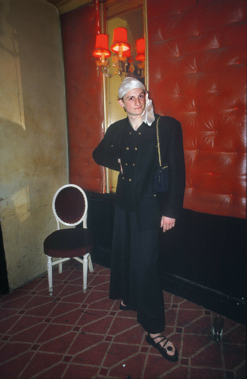 1986. Хэмиш Боулз в «Café De Paris»
