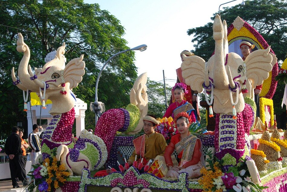 Фестиваль цветов в Тайланде! 0_6d95d_fdf77e89_XXL