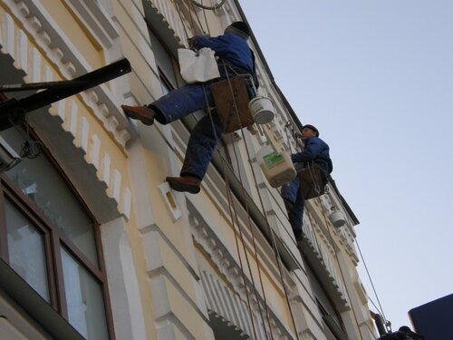 Ремонт фасада промышленными альпинистами http://www.stroyalp.ru/remont_fasad.php