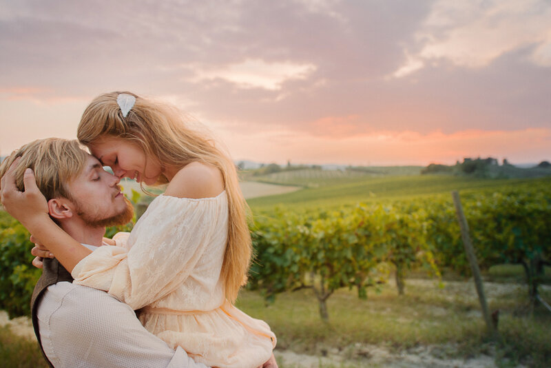 Фотосъемка влюбленных в Тоскане