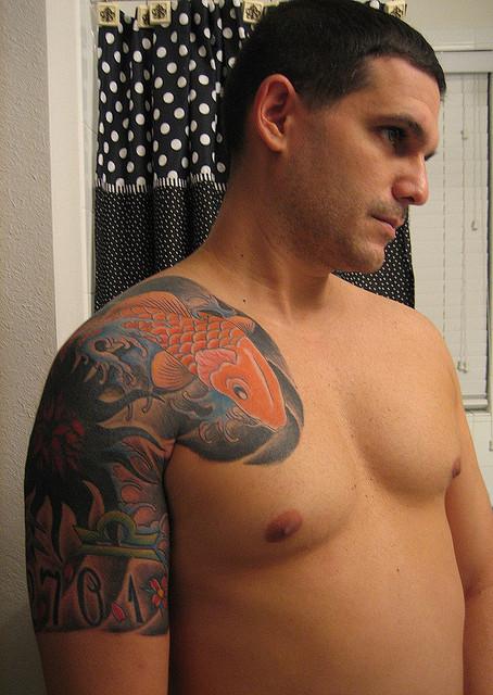 Классные татуировки на плечах и предплечьях рук 0 10ff65 14d32136 orig