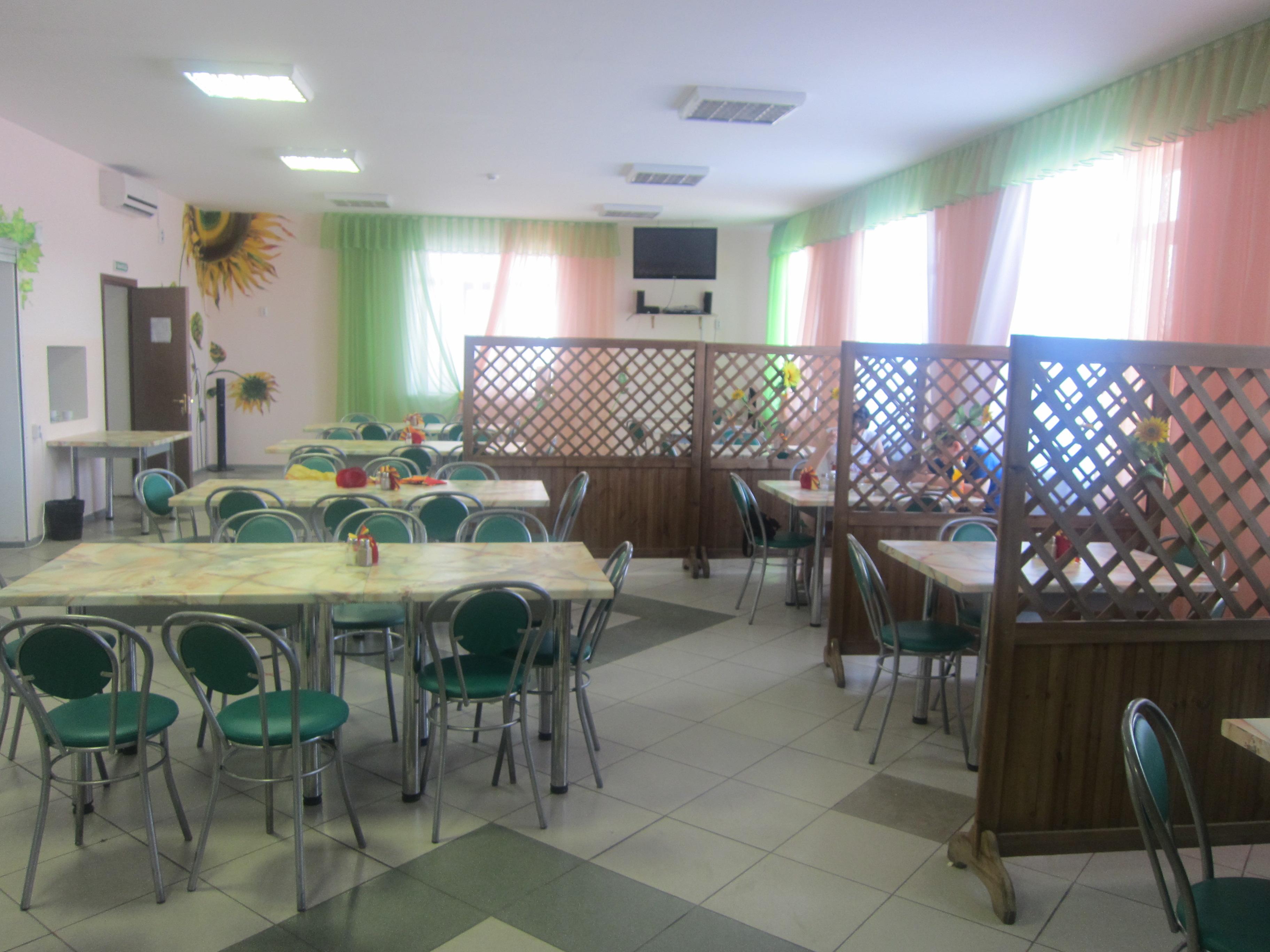 Внутренний интерьер кафе (25.06.2013)